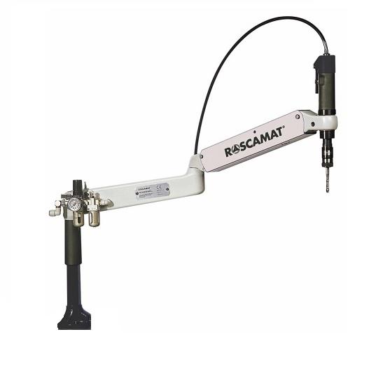 Sistema de elevação do braço em relação a mesa de trabalho (ideal para rosqueamento de peças maiores).