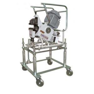 Flexível: Sistema de válvulas para a mudança de posição da máquina.
